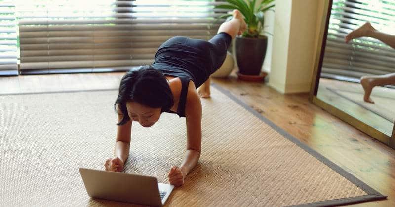 7 Übungen für dein Home-Workout