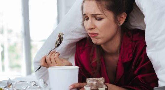 Achtsames Essen: warum es dir dabei hilft Coronastress zu lindern