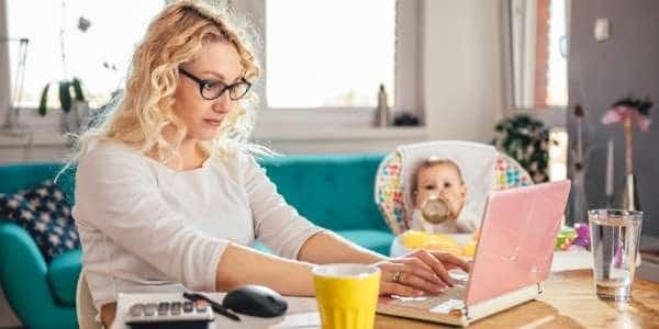 Homeoffice: so passt du deinen Arbeitsalltag ans Arbeiten von zuhause aus an