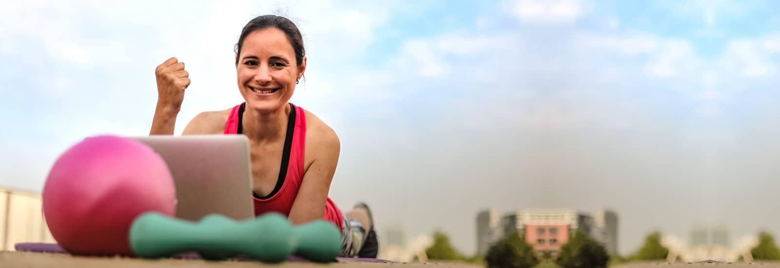 Online Fitness und Stressmanagement für vielbeschäftigte Frauen