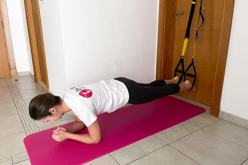 beste Sling Trainer Bauchübung - Plank Abduction